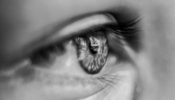 καταπραΰνετε τα κουρασμένα μάτια
